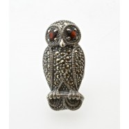 SILVER MARCASITE SET OWL BROOCH