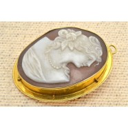 ANTIQUE 10K GOLD SET CAMEO BROOCH