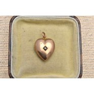 ANTIQUE PEARL SET HEART PENDANT