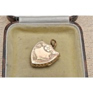 ANTIQUE 9CT GOLD SHIELD SHAPED LOCKET