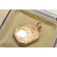 ANTIQUE 15CT GOLD LOCKET