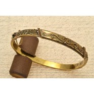 ANTIQUE 15CT GOLD BANGLE