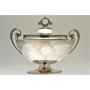 ANTIQUE SILVER SOUP TUREEN