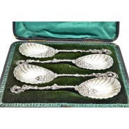 ANTIQUE SILVER BERRY SPOONS