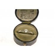 DIAMOND SINGLE STONE RING