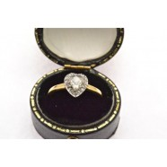ANTIQUE HEART SHAPED DIAMOND RING