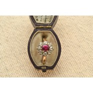 ANTIQUE RUBY AND DIAMOND DAISY CLUSTER RING